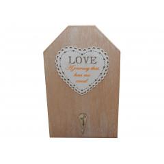 Drevený vešiak LOVE 19,5x12 cm