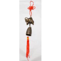 Ochranný čínsky prívesok ,,slon a zvonec,, celková dĺžka cca 28 cm
